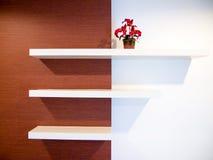 Plank op muur Stock Afbeeldingen