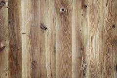 Planken-hölzerner Hintergrund mit feiner Woodgrain-Beschaffenheit stockbild