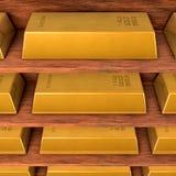 Planken met goud Stock Foto