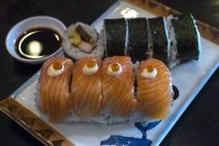 planlägg praktiska sushi för laxen för elementmenyrestaurangen mycket Royaltyfri Foto