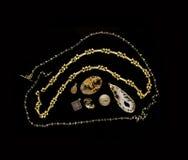Planlägga för smycken - ädelstenar, stenar och halsband Arkivfoto
