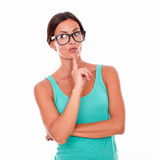 Planning brunette woman with green tank top Royalty Free Stock Photos