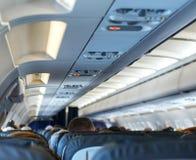 Plano com passageiros fotografia de stock royalty free