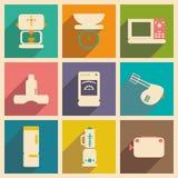 Plano con los dispositivos de cocina del concepto y de la aplicación móvil de la sombra Foto de archivo