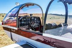 plano da cabina do piloto Rémo180 fotos de stock