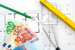 Plano da construção com dinheiro Foto de Stock Royalty Free
