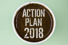 Plano de ação 2018 do texto da escrita da palavra O conceito do negócio para planos visa o desenvolvimento da melhoria dos objeti Imagem de Stock