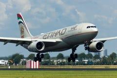 Plano de Etihad Airways Airbus A330 Imagem de Stock