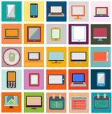 Plano de los iconos fijado con el ordenador y el calendario Imagen de archivo
