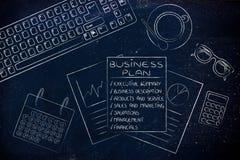 Plano de negócios detalhado & originais do stats na mesa de escritório Fotos de Stock Royalty Free