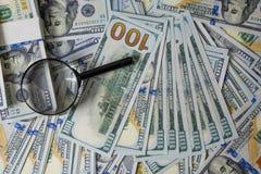 Plano de negócios em diagramas da renda financeira, do dólar e do negócio fotografia de stock