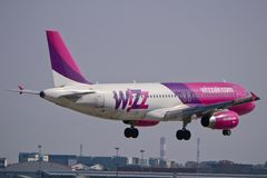Plano de Wizzair Fotos de Stock
