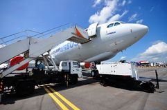 Plano del carguero de Airbus A330-200F en Airshow 2010 Imagen de archivo libre de regalías