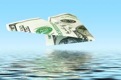 Plano del dinero bajo el agua fotografía de archivo libre de regalías