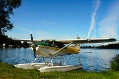 Plano do flutuador da capa do lago fotografia de stock