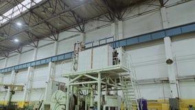 Plano geral da planta e da planta industrial M?quina-instrumento industrial filme