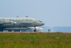 Plano Il-20 na base aérea Fotografia de Stock Royalty Free