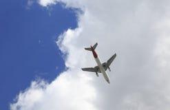 Plano no céu Fotos de Stock