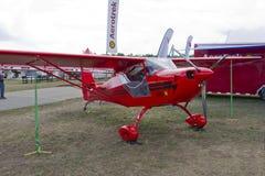 Plano vermelho de Aerotrek A220 Imagens de Stock