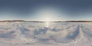 Plano 360 video panorâmico no inverno do céu video estoque