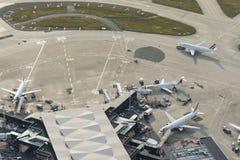 Planos aéreos de Air France da imagem em terminais de Orly Airport Imagens de Stock Royalty Free