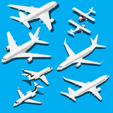Planos isométricos ajustados Jato privado, 2 aviões comerciais reativos e plano pequeno com hélice ilustração stock
