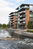 Planos modernos en el río Foto de archivo libre de regalías