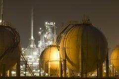planta da Petróleo-refinaria fotografia de stock royalty free