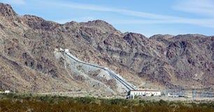Planta de bombeo del desierto de California Fotos de archivo