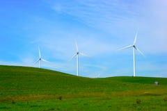 Gerador de poder do moinho de vento. imagem de stock royalty free