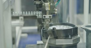 Planta de fabricación de las piezas para la industria del automóvil almacen de video