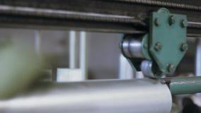 Planta de fabricación trabajo en la fabricación almacen de metraje de vídeo
