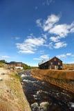 Planta de fundición de cobre con el río Fotografía de archivo libre de regalías
