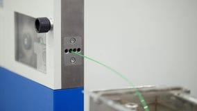 Planta de la química - línea de la fabricación de la protuberancia - extrusor, cierre para arriba almacen de video