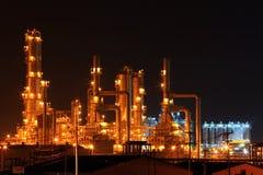 Planta de la refinería de petróleo fotografía de archivo