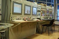 Planta de la sala de mando de ordenadores de la industria de la tecnología Fotos de archivo