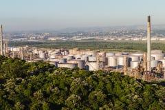 Planta de refinaria do combustível de petróleo Imagens de Stock