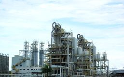 Planta de refinaria do gás Fotografia de Stock Royalty Free