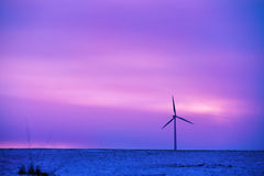 Planta eléctrica conducida viento Imágenes de archivo libres de regalías