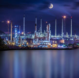 Planta industrial de la refinería imagen de archivo libre de regalías