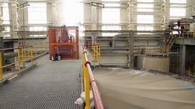 Planta para a produção de materiais de construção, interior Fábrica interior, moderna industrial, interior de um moderno filme