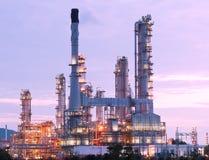 Planta petroquímica de la refinería de petróleo Imagen de archivo libre de regalías