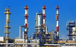 Planta petroquímica, refinería de petróleo fotos de archivo