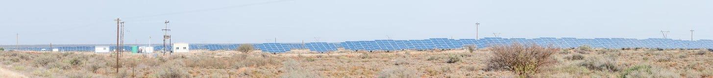 Planta solar da geração entre Prieska e Douglas fotografia de stock royalty free