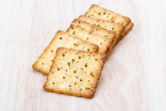 Plantaardige cracker op houten achtergrond Royalty-vrije Stock Foto