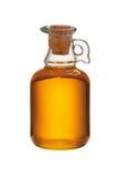 Plantaardige olie die op witte achtergrond wordt geïsoleerde Royalty-vrije Stock Afbeeldingen