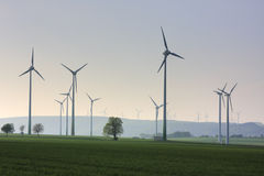 Plantas das energias eólicas Fotografia de Stock Royalty Free