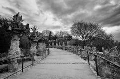Planters van het Jardinieres Viaduct (Viaducte DE les Jardineres) van het Park Guell, Barcelona. Stock Fotografie
