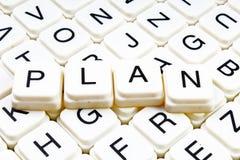 Plantext-Wortkreuzworträtsel Alphabetbuchstabe blockiert Spielbeschaffenheitshintergrund Stockbilder