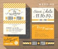 Plantilla amarilla moderna del diseño determinado de la invitación de la boda de la raya Foto de archivo libre de regalías